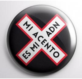 """Chapa individual Negra """"Mi Acento es mi ADN"""""""